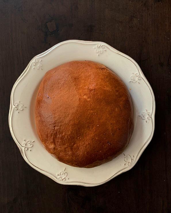 Hornazo de masa dulce artesanal, hornazo de salamanca, hornazo dulce, empanada de carne, empanada de chorizo jamón y lomo